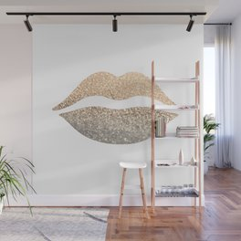 GOLD LIPS Wall Mural