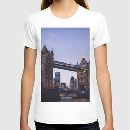 London, England 43 T-shirt
