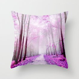 pink dreaming Throw Pillow