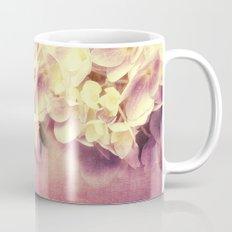 HYDRANGEA IN VANILLA AND PINK Mug