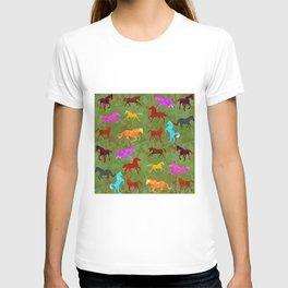 Horses Pattern20 T-shirt