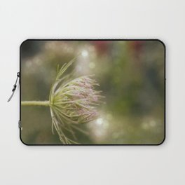 Queen anne's lace 02 Laptop Sleeve