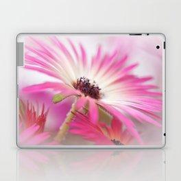 Summer breeze... Laptop & iPad Skin