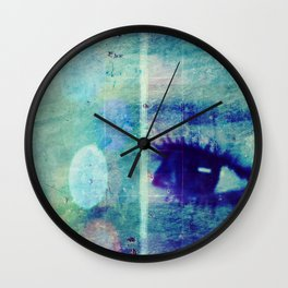 The Glaring Sea Wall Clock