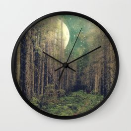 Still Wall Clock