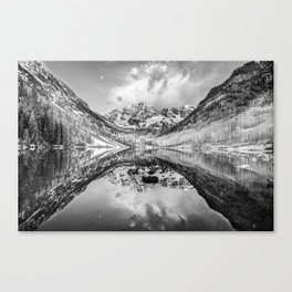 Colorado Maroon Bells Mountainous Landscape - Black and White Canvas Print