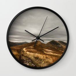 Quietudene Wall Clock