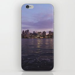 Between Two Iconic New York Bridges iPhone Skin