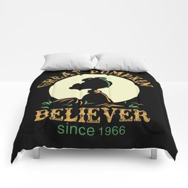 Great Pumpkin Believer Comforters