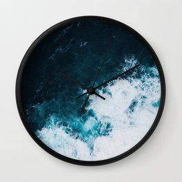 Wild ocean waves II Wall Clock