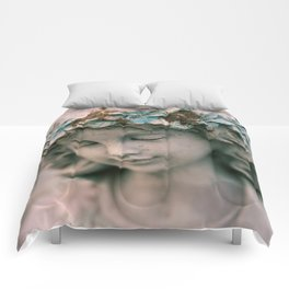 Dirty Halo Comforters