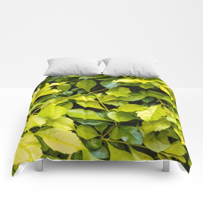 Too much green leaves Comforters