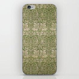 """William Morris """"Brer rabbit"""" 4. iPhone Skin"""