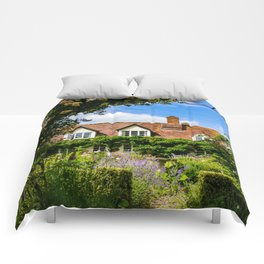 Cottage garden. v2 Comforters