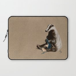 Badger Knitting a Scarf Laptop Sleeve