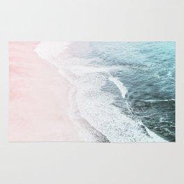 Vintage Faded ocean waves Rug