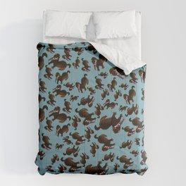 Clever Mink ( Neovison vison) Comforters