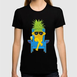 Fruit Cool Pineapple With Sunglasses Graphic T-shirt Summer Sun Drinking Juice Holidays Relaxing  T-shirt