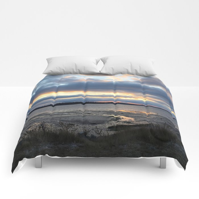 Perfect Sunset over Half Moon Cove Comforters