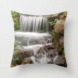 Jean-Drapeau Waterfall Throw Pillow