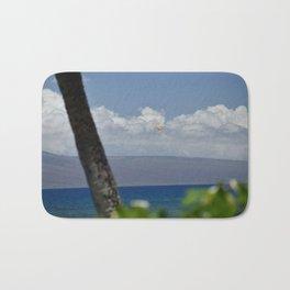 Parasailing in Maui Bath Mat