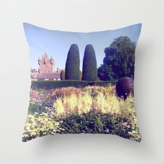 castle flowers II. Throw Pillow