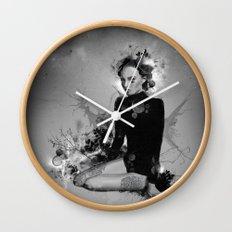 bwd Wall Clock