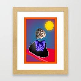 cerveau en surbrillance Framed Art Print