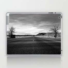 middle of the road Laptop & iPad Skin