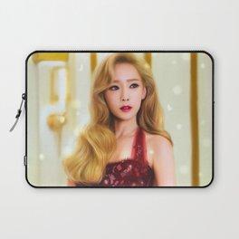 A Classical Beauty Laptop Sleeve