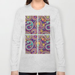 Checkered background with paisley pattern Long Sleeve T-shirt