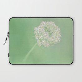 Spring Green Queen Laptop Sleeve