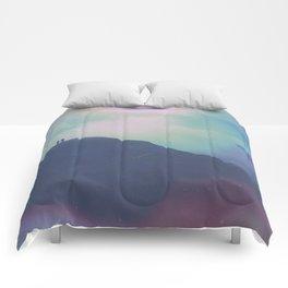 VIEWS Comforters