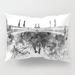 Mecca skyline in black watercolor Pillow Sham