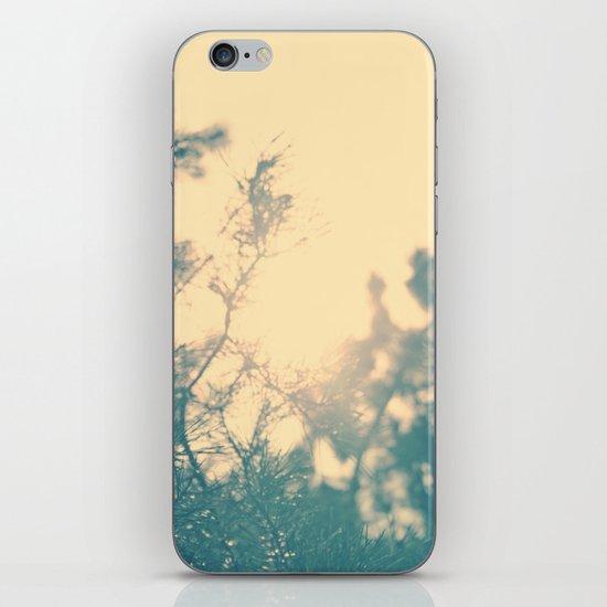 Sunny daze iPhone Skin