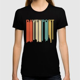 Retro 1970's Style Davenport Iowa Skyline T-shirt