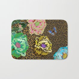 Leopard love flowers Bath Mat