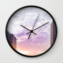 A life without conflict Wall Clock