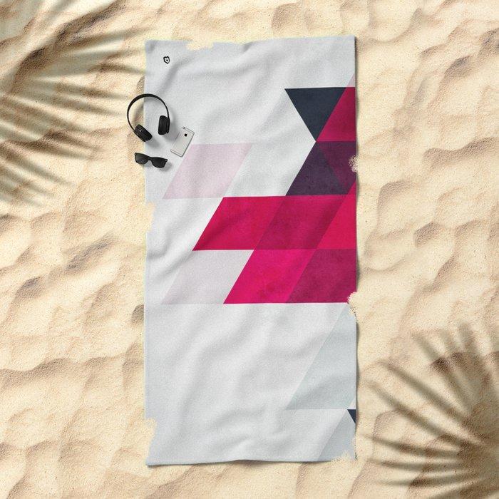 minimylysse Beach Towel