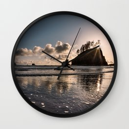 Second Beach Light and Current Wall Clock