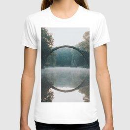 The Devil's Bridge - Landscape and Nature Photography T-shirt