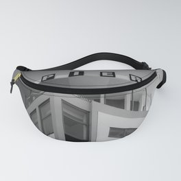 Clarence Pier Vintage Style Fanny Pack