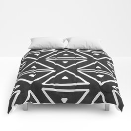 Big Triangles in Black and White Comforters