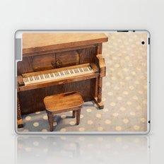 The Entertainer Laptop & iPad Skin