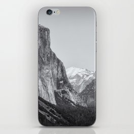 El Capitan, Half Dome and Sentinel Rock from Tunnel View bw iPhone Skin