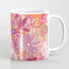 Detailed summer floral pattern Mug