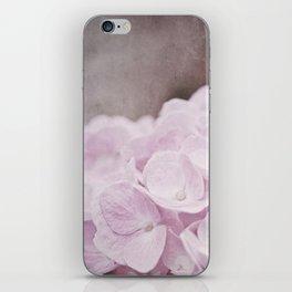 tendre iPhone Skin