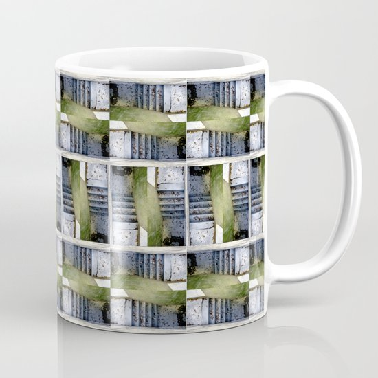 closed#05 Mug