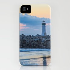 Santa Cruz iPhone (4, 4s) Slim Case
