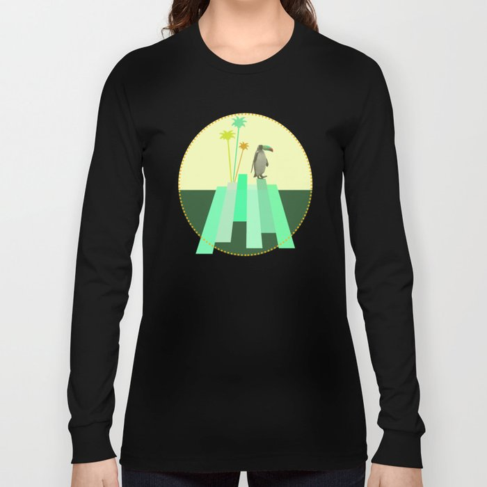 The penguin who wanted to be a tucan on its iceberg Long Sleeve T-shirt
